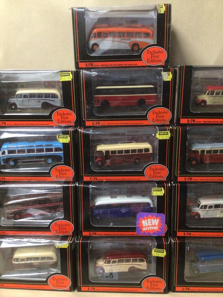 SIXTEEN BOXED DIE-CAST TOYS 1:76 SCALE BUSES/COACHES - Image 3 of 5