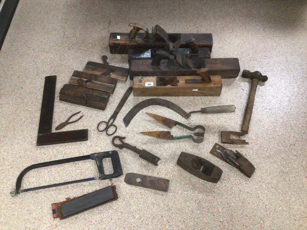 A COLLECTION OF LARGE VINTAGE TOOLS, INCLUDES PLANES, SQUARES, AND MORE