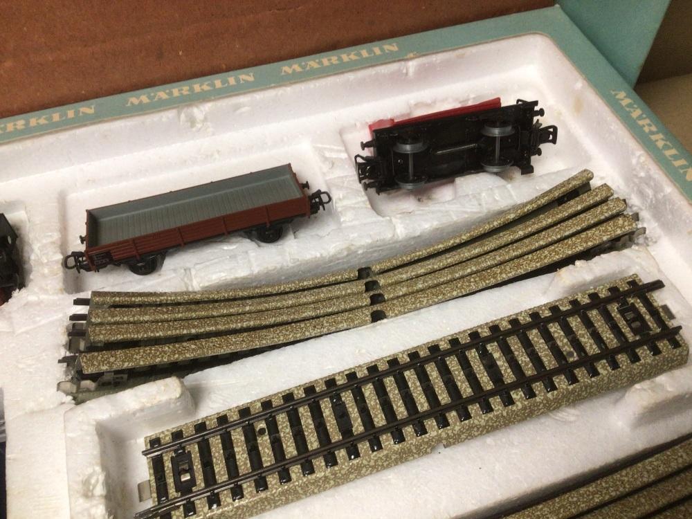 A BOXED MARKLIN TRAIN SET 1970S - Image 6 of 7