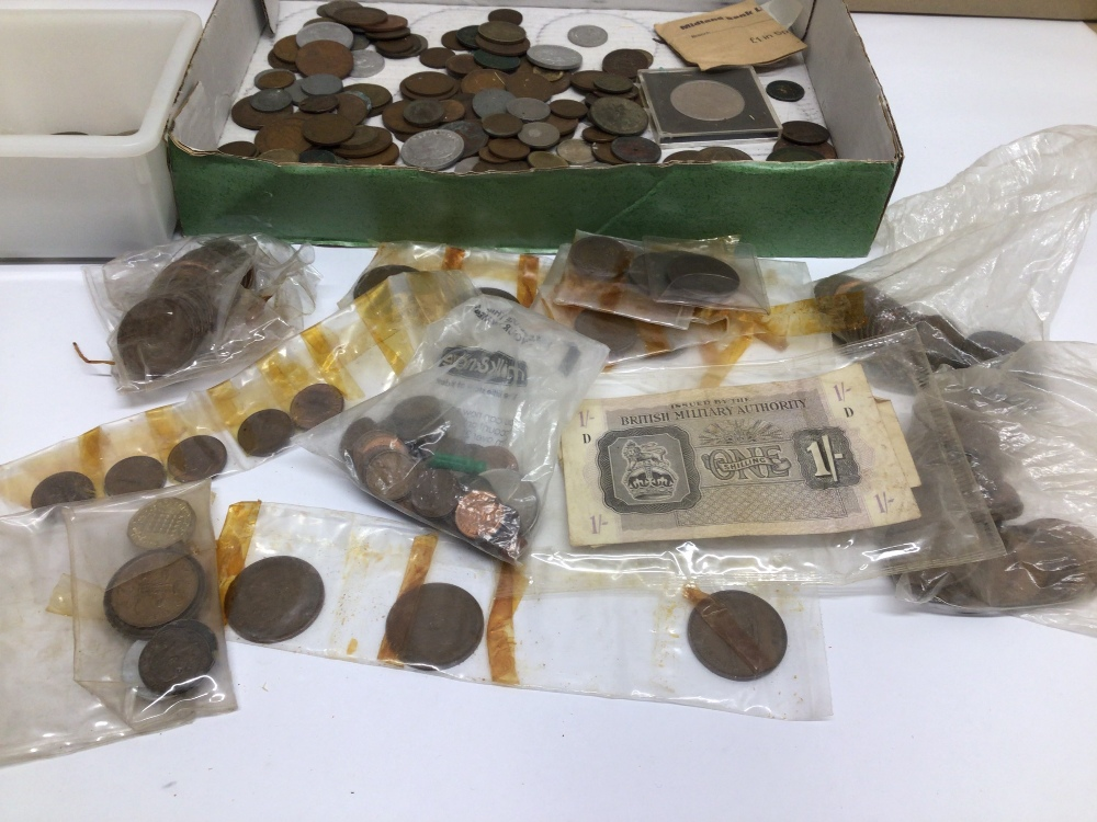 A QUANTITY OF USED COINAGE, FOREIGN AND ENGLISH - Image 2 of 5
