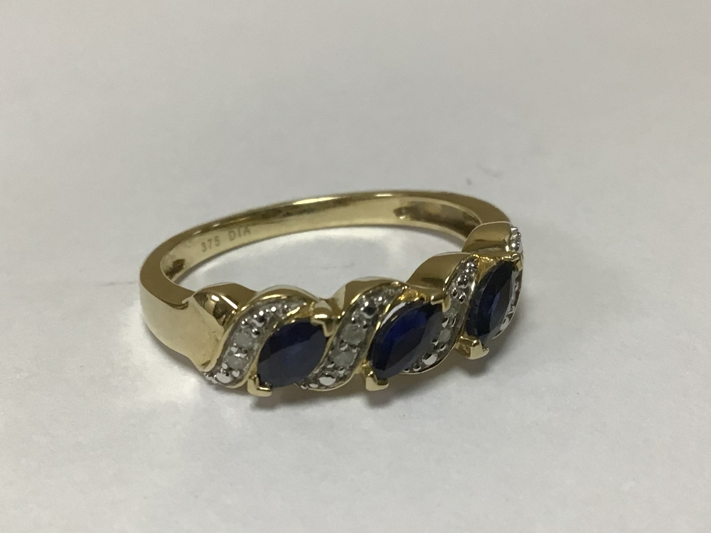 A 375 9CT GOLD RING WITH DIAMONDS AND SAPPHIRES O SIZE - Image 3 of 3