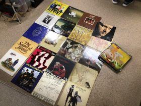 A QUANTITY OF MIXED ALBUMS/VINYL, FLEETWOOD MAC, PHIL COLLINS, BREAD, KATE BUSH, B52S, EAGLES AND