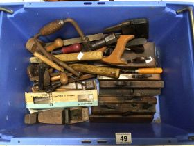 A COLLECTION OF VICTORIAN/VINTAGE TOOLS, PLANES, SCRIBES, SAW AND MORE