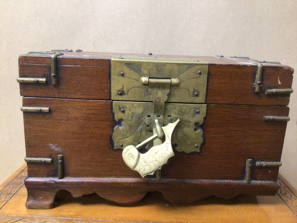 THREE WOODEN TRINKET/JEWELLERY BOXES, A/F - Image 3 of 8