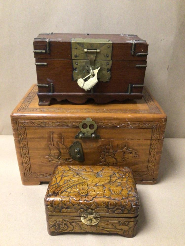 THREE WOODEN TRINKET/JEWELLERY BOXES, A/F - Image 2 of 8