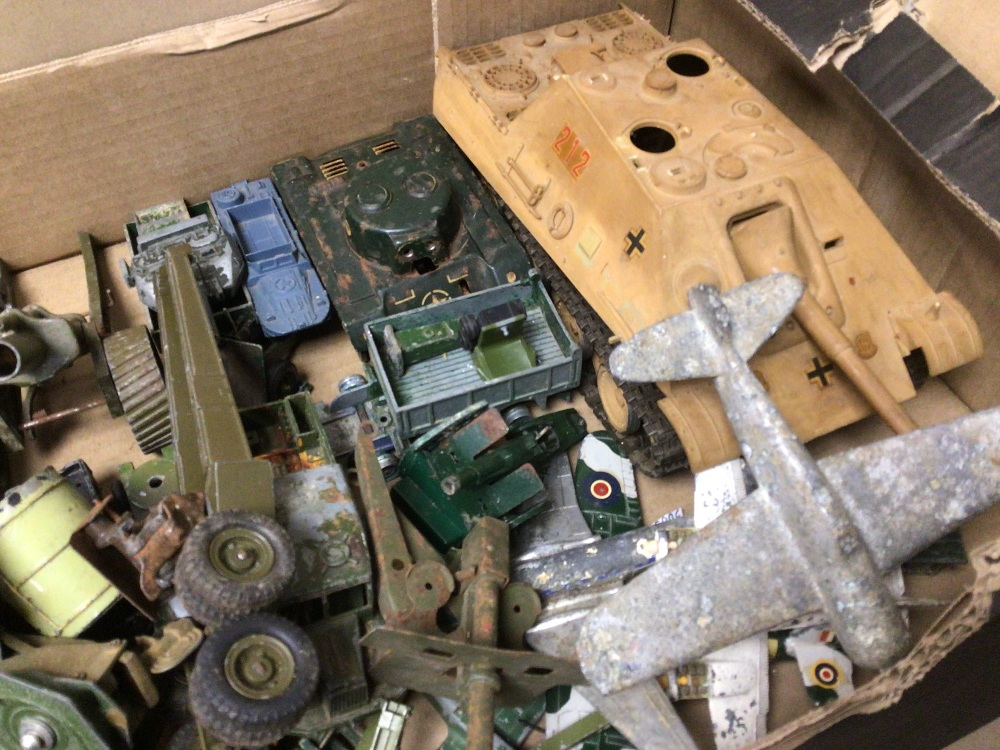 BOX OF PLAY WORN DIE-CAST WWII MILITARY VEHICLES OF MOSTLY DINKY AND BRITAINS - Image 3 of 8