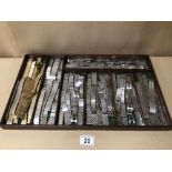 A LARGE SELECTION OF VINTAGE WATCH STRAPS (80+), SOME BEING GILT AND CHROME, IN WOODEN DISPLAY TRAY,