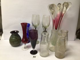 MIXED VINTAGE GLASS, INCLUDES FOUR VINTAGE MILK BOTTLES AND MORE