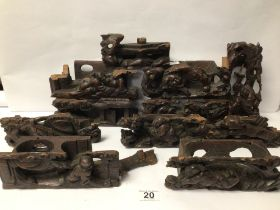 A QUANTITY OF VINTAGE WOODEN CARVINGS