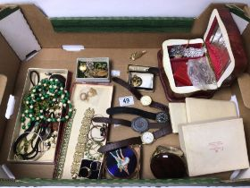 MIXED COSTUME JEWELLERY AND WATCHES, INCLUDES VINTAGE CORO BRACELET