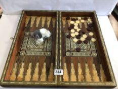 A VINTAGE INLAY GAMES BOX (BACKGAMMON)
