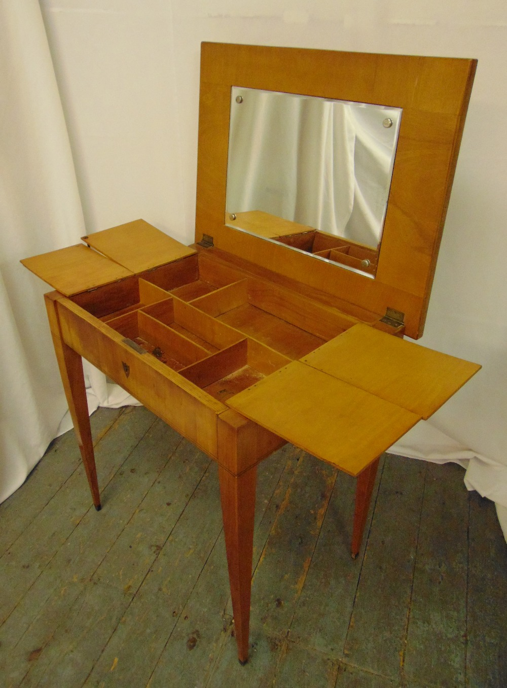 A rectangular mahogany dressing table, the hinged cover revealing compartmentalised interior all - Image 2 of 2