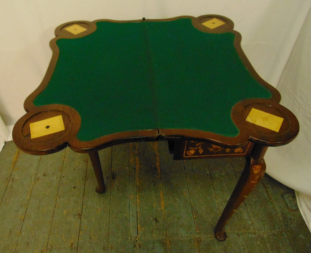 A Victorian mahogany and inlaid satinwood games table with hinged top on four cabriole legs, 77 x - Image 3 of 3