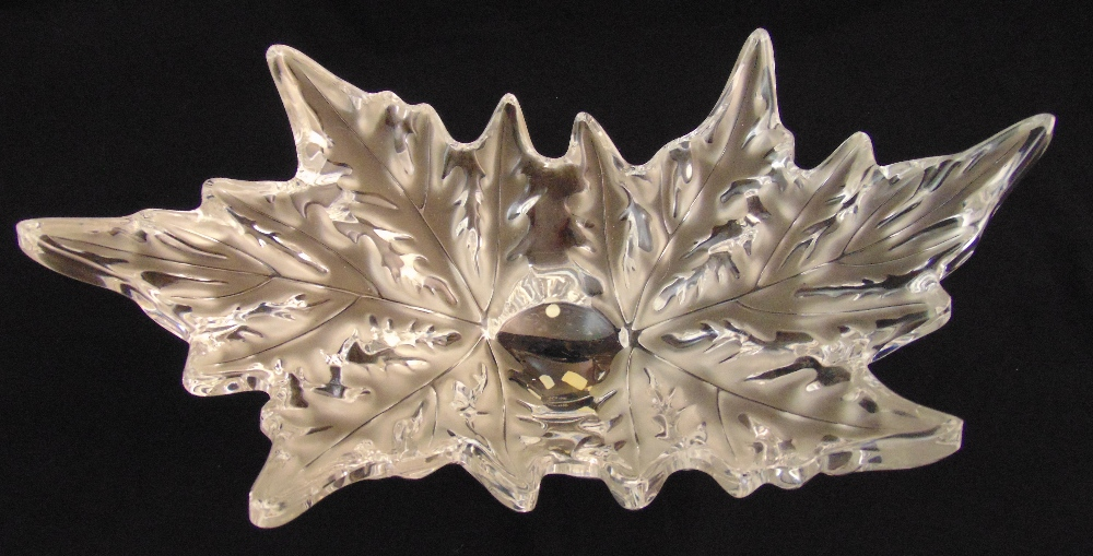 A Lalique Champs-Elysees leaf pattern centrepiece, marks to the base, 45cm (w)