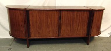 Danish rosewood sideboard with cupboards and drawers, on rectangular supports 78.5 x 225.5 x 46cm,
