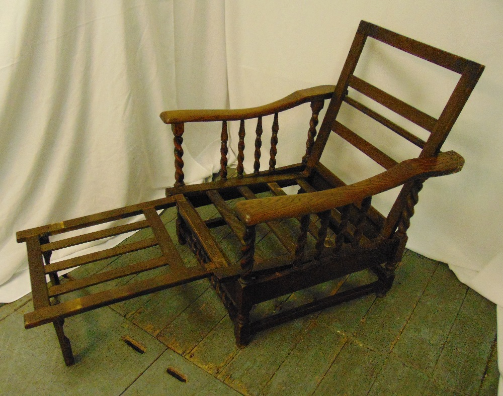 An early 20th century oak steamer chair with barley twist columns to the sides and base, 94 x 72 x - Image 2 of 2