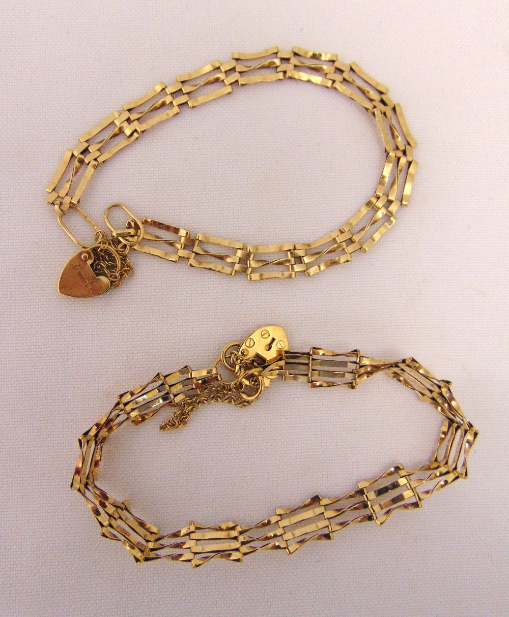 Two 9ct gold gatelink bracelets, approx total weight 9.0g