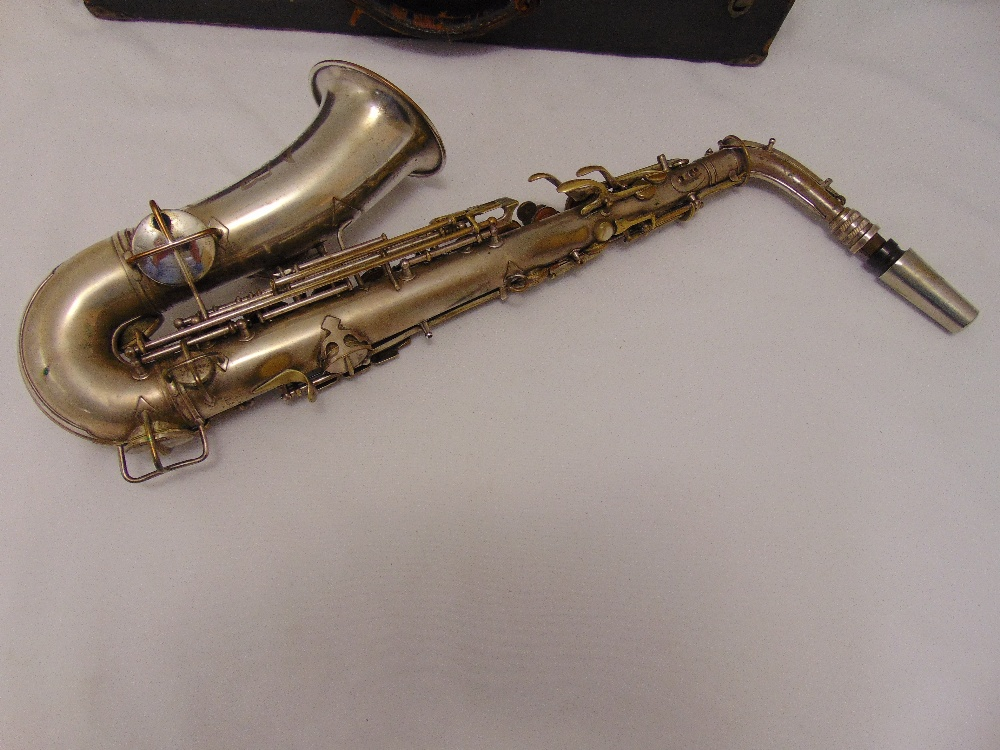 G.C. Conn Ltd Alton saxophone in fitted case Elkhart, Ind. USA. Sole English agents The Saxophone - Image 4 of 4
