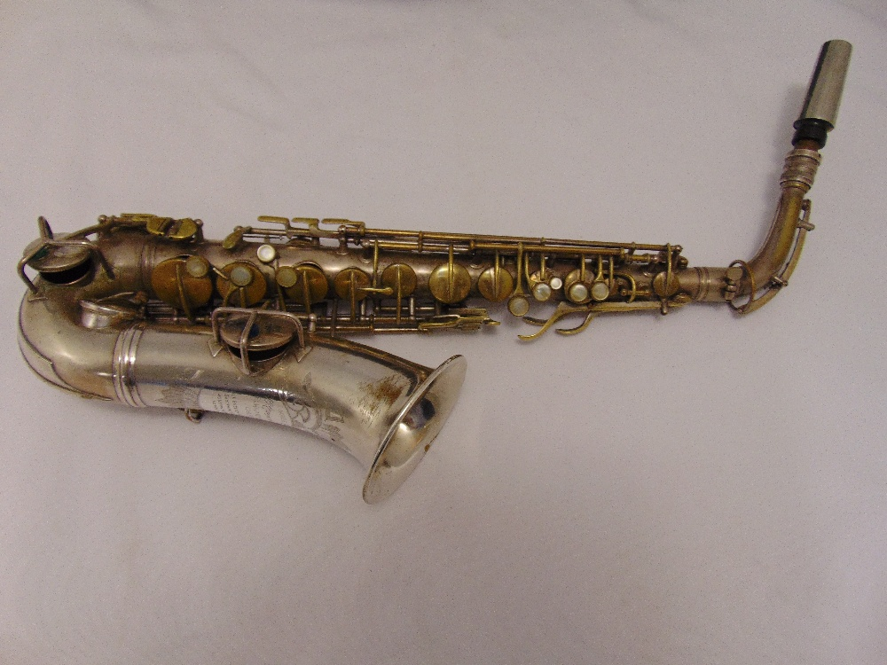 G.C. Conn Ltd Alton saxophone in fitted case Elkhart, Ind. USA. Sole English agents The Saxophone - Image 3 of 4