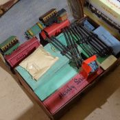 A suitcase full of Hornby O gauge Vintage tinplate railway items, including signal box, Pullman