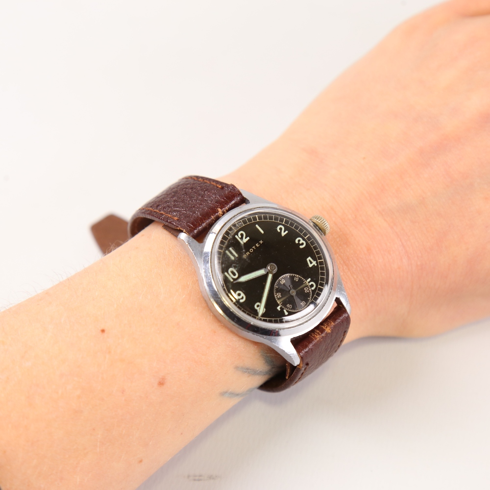 PROTEX - a Second World War Period stainless steel German Army mechanical wristwatch, ref. 497, - Image 5 of 5
