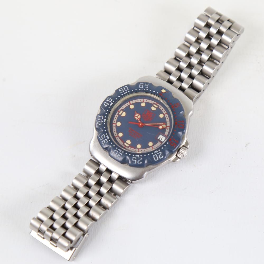 TAG HEUER - a stainless steel Formula 1 Professional 200M quartz wristwatch, ref. WA1210, blue - Image 2 of 5