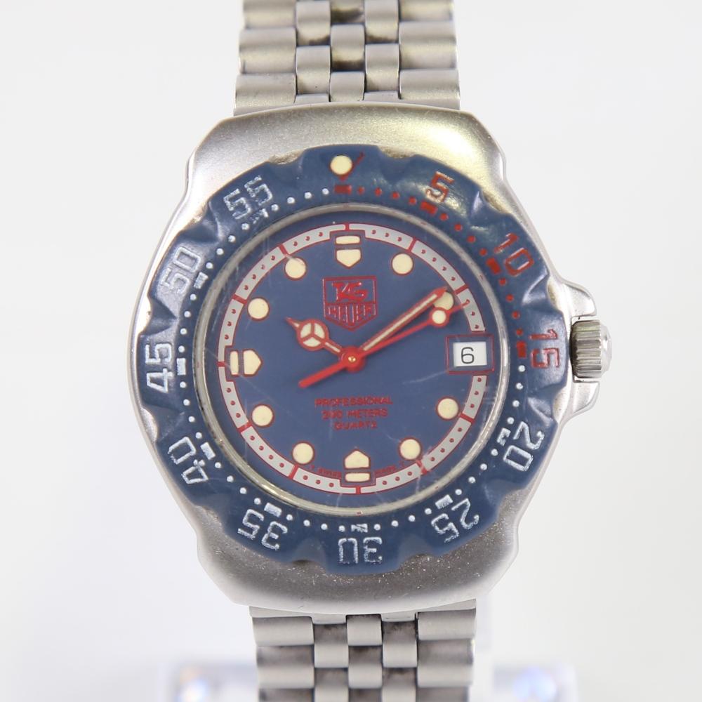 TAG HEUER - a stainless steel Formula 1 Professional 200M quartz wristwatch, ref. WA1210, blue
