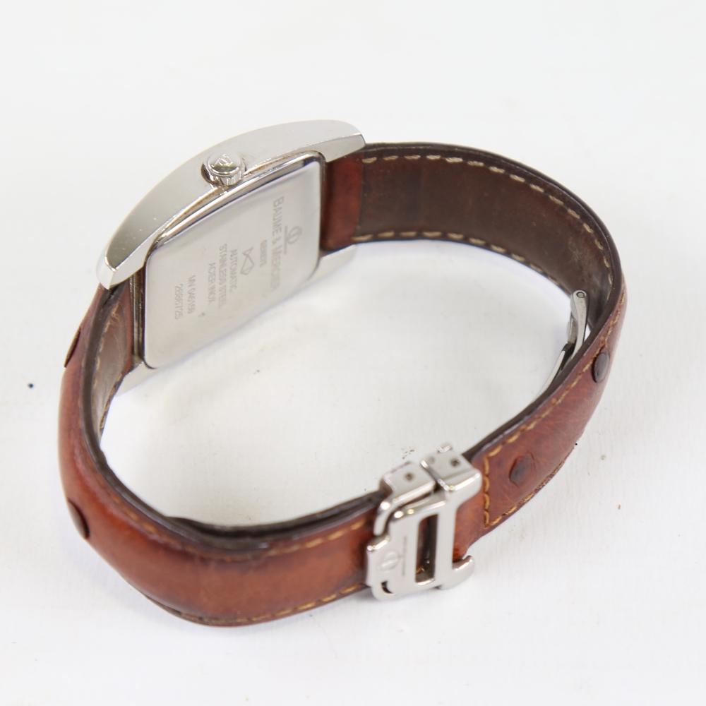 BAUME & MERCIER - a stainless steel Hampton automatic wristwatch, ref. MV045159, circa 1998, tonneau - Image 4 of 5
