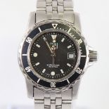 TAG HEUER - a lady's stainless steel 1500 Series Professional 200m quartz wristwatch, ref. WD1410-