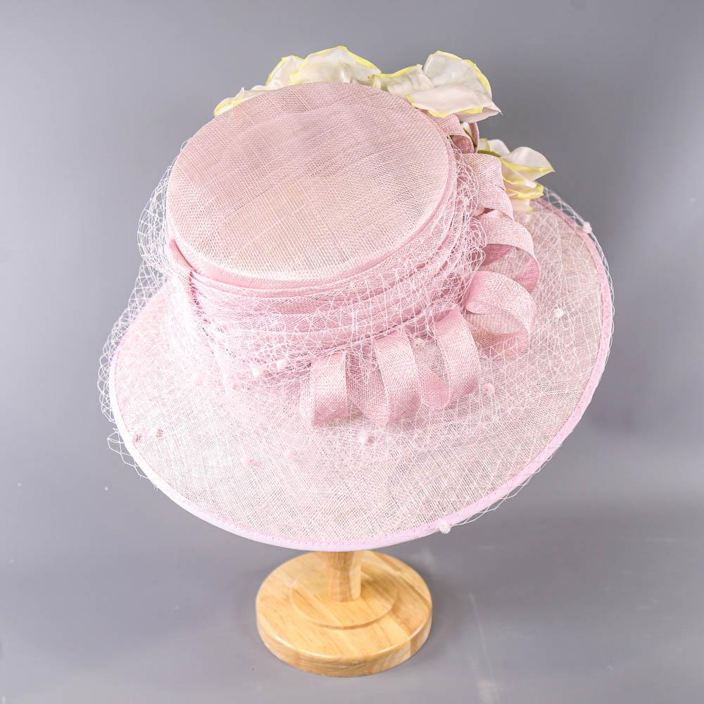 NIGEL RAYMENT - Soft lilac occasion hat, with flower and twirl and net and hat pin detail, - Image 3 of 7