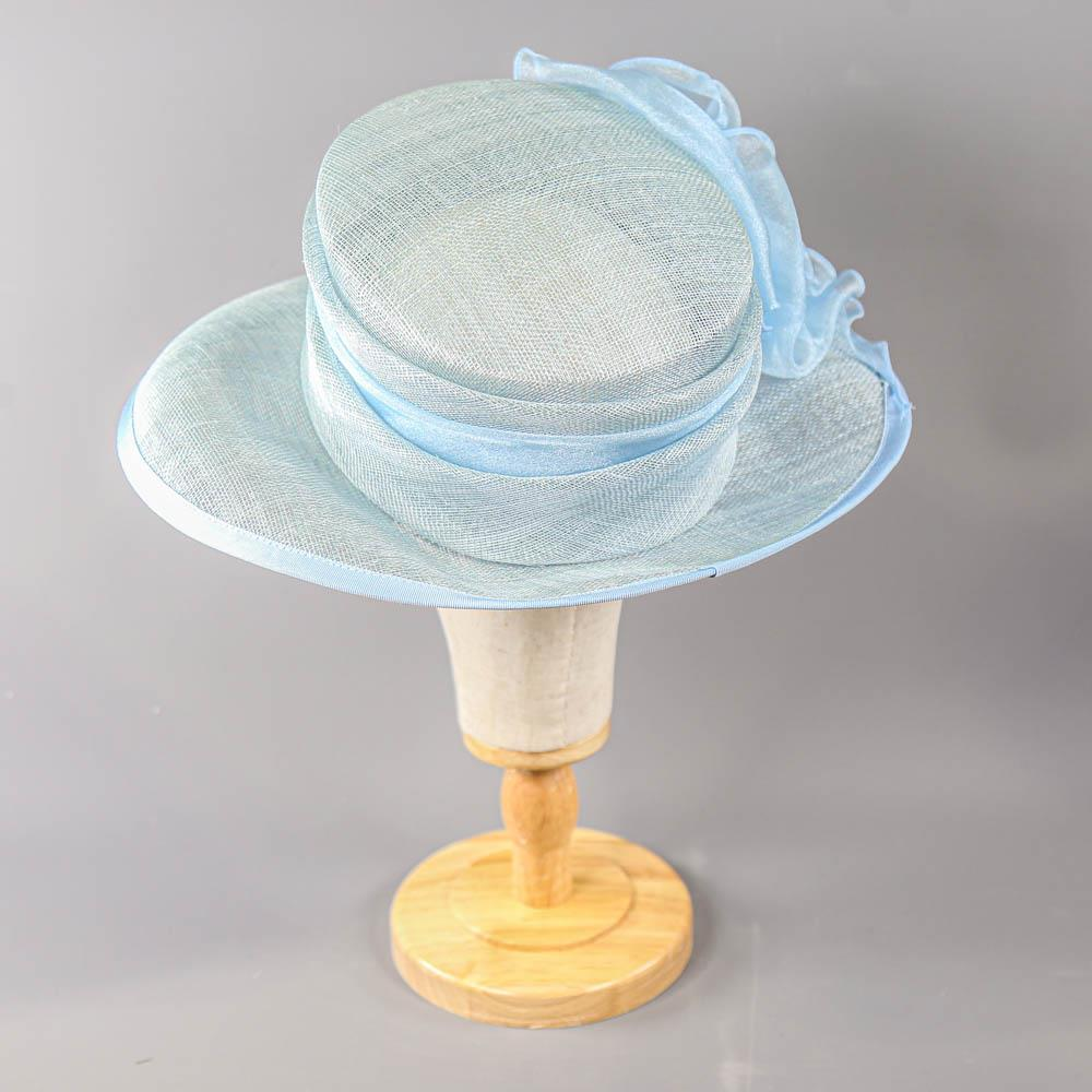 A HAT STUDIO DESIGN - Powder blue occasion hat, with organza bow, internal circumference 55cm, - Image 3 of 7