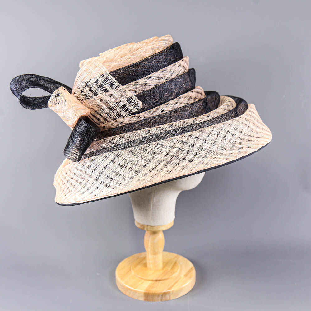 VICTORIA ANN - Navy blue and pink occasion hat, with bow detail, internal circumference 55cm, brim - Image 4 of 7