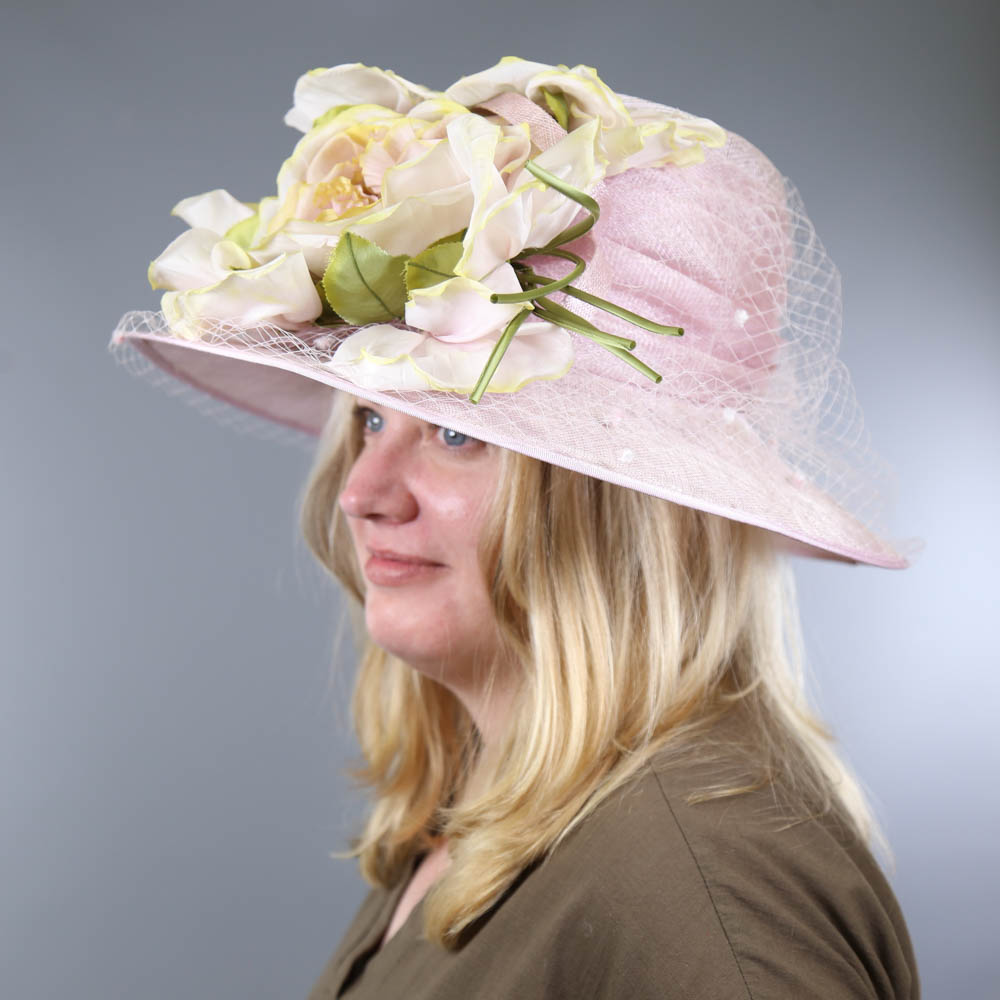 NIGEL RAYMENT - Soft lilac occasion hat, with flower and twirl and net and hat pin detail, - Image 7 of 7