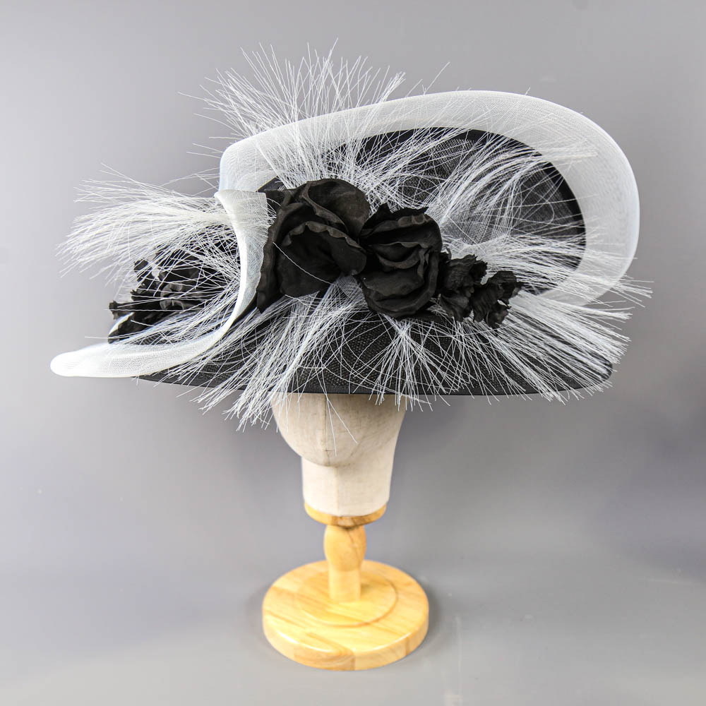 PETER BETTLEY LONDON - Black and white occasion hat, with flower and frayed mesh detail, internal - Image 2 of 8