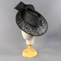 PETER BETTLEY LONDON - Black and silver fascinator, with sequin underlay and subtle leopard print