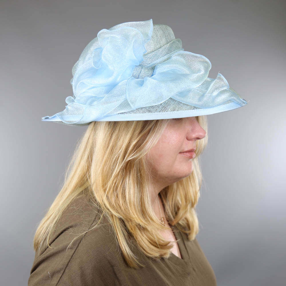 A HAT STUDIO DESIGN - Powder blue occasion hat, with organza bow, internal circumference 55cm, - Image 7 of 7