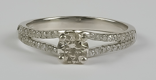 A Solitaire Diamond Ring, Modern, 18ct white gold, set with a solitaire brilliant cut white diamond,