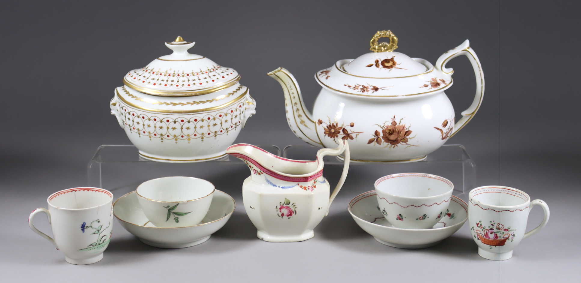 A Small Collection of English Porcelain Tea Wares, 18th/19th Century, including - cup, saucer and
