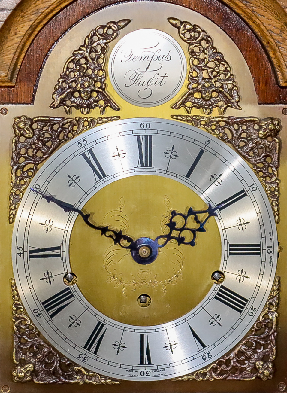 """An Early 20th Century Oak """"Grandmother"""" Clock, by Elliott of London, No. 25249, the 8ins arched - Image 2 of 2"""