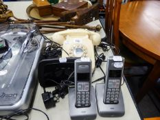 PAIR OF BT SYERGY 6500 QUAD ADDITONAL HANDSETS WITH CHARGING DOCKS, AND A BT HOME HUB 3.0