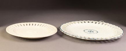 EARLY 19th CENTURY CREAMWARE OVAL PIERCED BORDERED BASKET WEAVE MOULDED STAND (basked absent), the