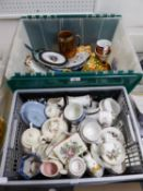 LARGE QUANTITY OF MISC CERAMICS AND POTTERY TO INCLUDE; TANKARDS, JUGS, SMALL VASES, COMMEMORATIVE