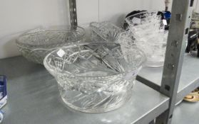 FOUR HEAVY GLASS FRUIT BOWLS AND AN ETCHED DESERT BOWL AND FIVE MATCHING DISHES (10)