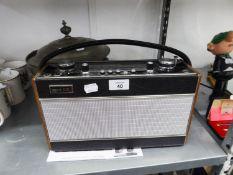 A RETRO 'ROBERTS R707' PORTABLE RADIO