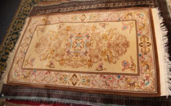 HEAVY QUALITY WASHED CHINESE BORDREED RUG, with floral centre medallion, having surround of four