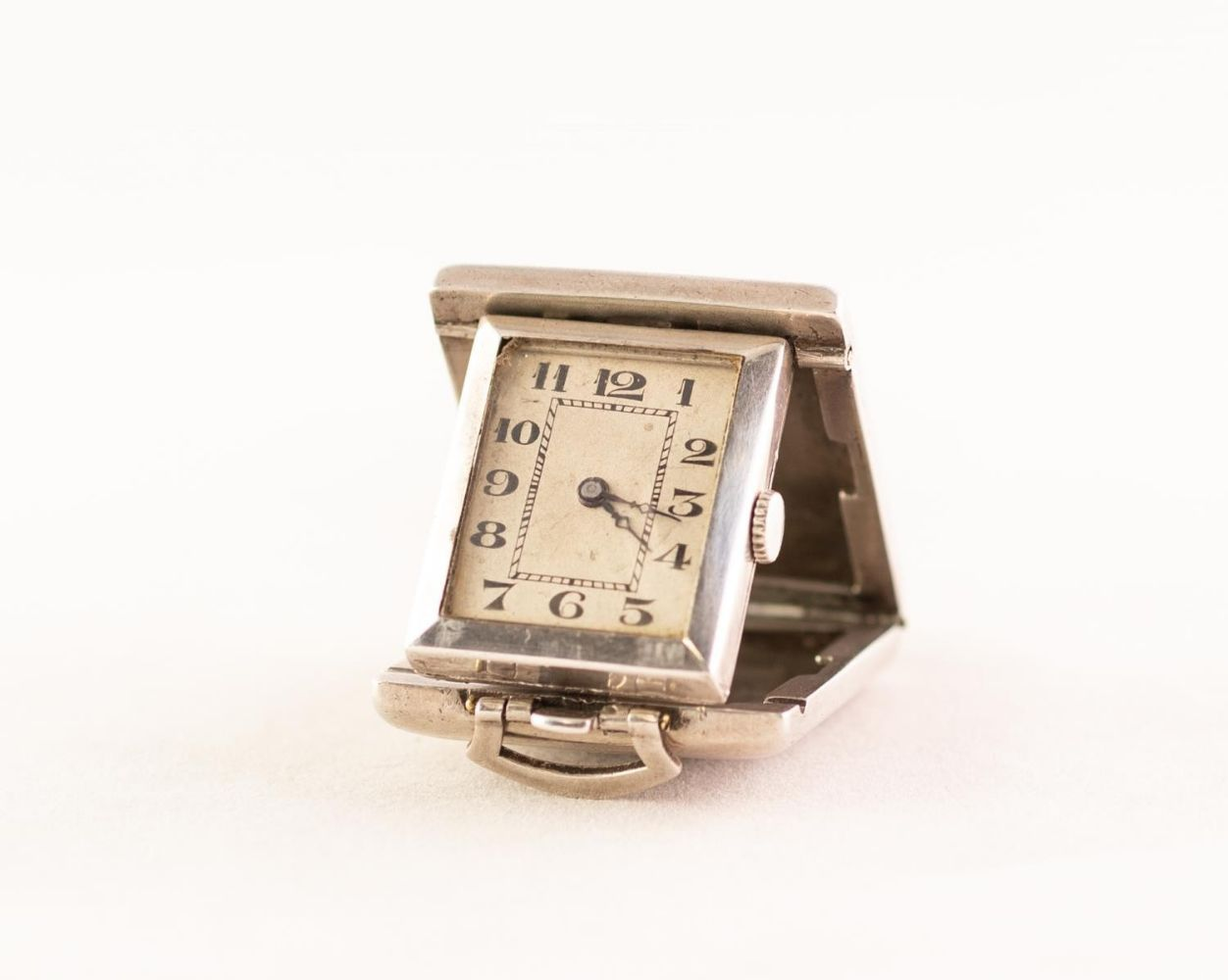 Jewellery, Silver, Watches & Gold Coins - Capes Dunn