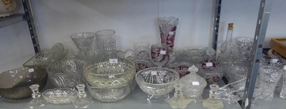 A GOOD SELECTION OF CUT AND MOULDED GLASSWARES TO INCLUDE; BOWLS, VASES, CANDLESTICKS, COLOURED