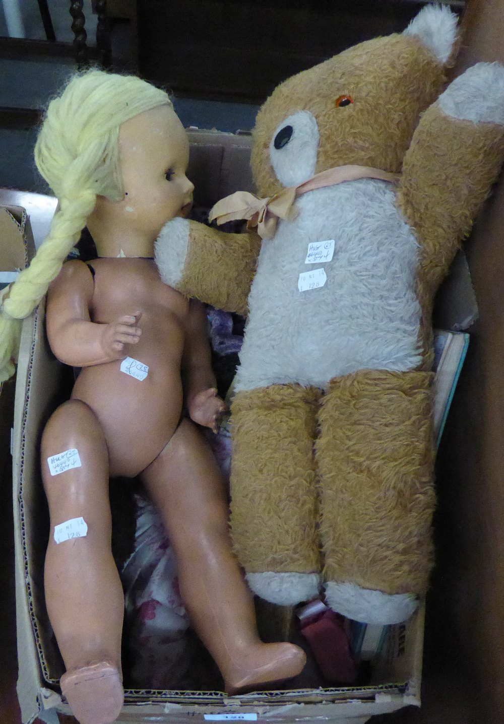 GOOD SELECTION OF SOFT AND OTHER TOYS TO INCLUDE; THREE BEANIE BABIES BEARS, CHILD'S VINTAGE WOOD