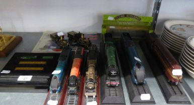 SEVEN PLASTIC STATIONARY MODELS OF STEAM LOCOMOTIVES WITH TENDERS, ON STANDS; CORGI ?RAIL LEGENDS?