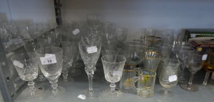 TWO BOXED SETS OF DRINKING GLASSES AND A QUANTITY OF VARIOUS STEM WINES AND TUMBLERS